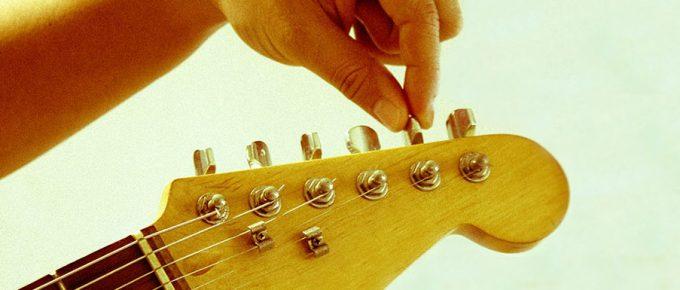 Jak nastroić gitarę – kompletny przewodnik
